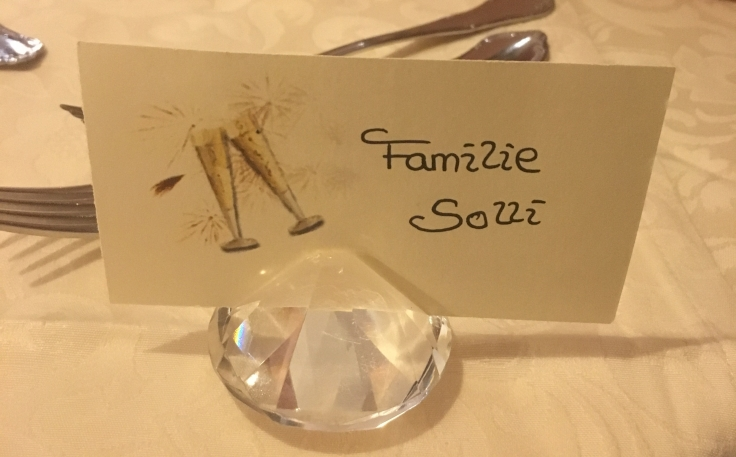 Koselig velkomst vet bordet vårt