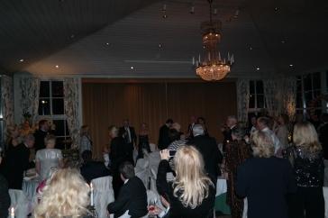 Flere gjester (inkludert undertegnede) holdt noen korte taler og skåler i løpet av middagen